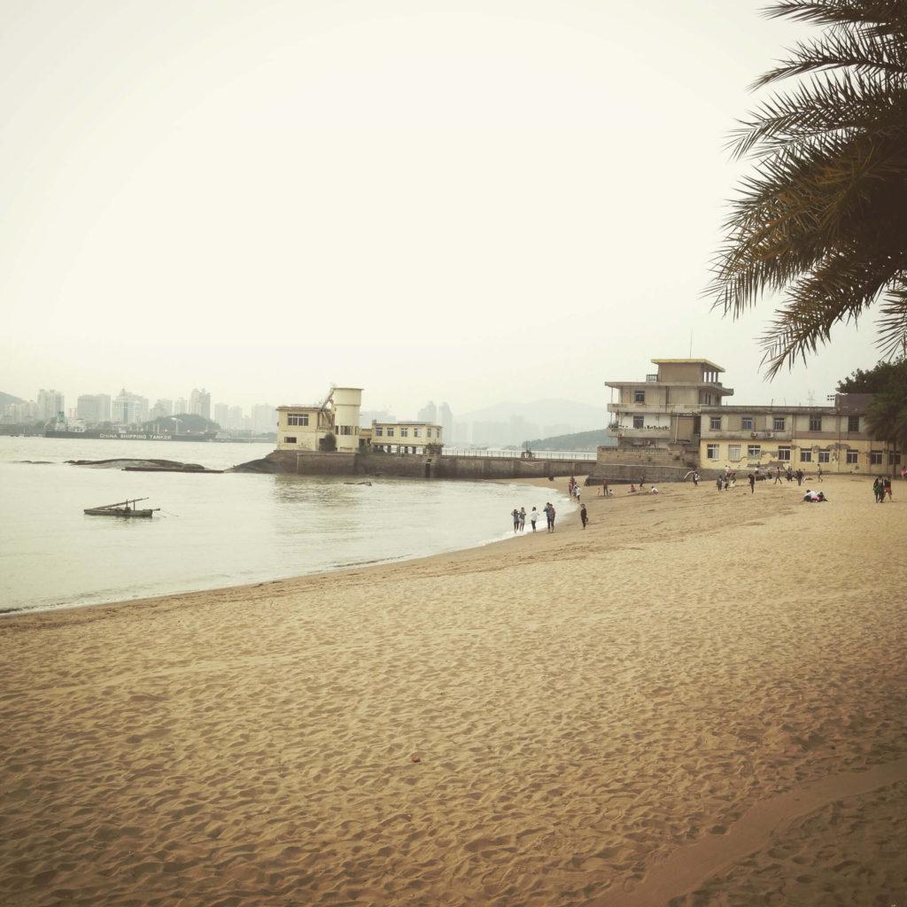 china_Beach 20x20 300